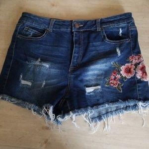 😍 Cute WAX JEANS  shorts